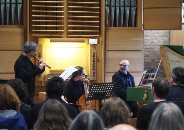 Rondo 3n+1 (David and Pablo Padilla) in performance: (l-r) Patrick Welche, Johanna Finnemann and Dan Tidhar